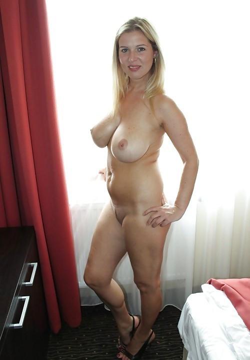 Wie wil lekker neuken met mij?